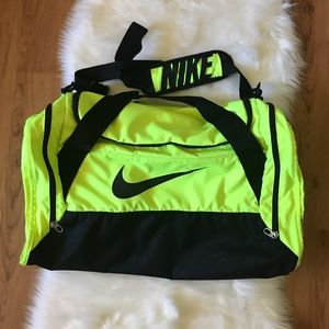 NIKE NEON GYM DUFFEL BAG